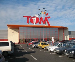 Tom Shopping Center